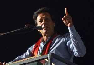 'प्रधानमंत्री के बजाए पाकिस्तान क्रिकेट कोच होने चाहिए थे इमरान खान'