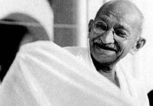 ब्रिटेन में होगी महात्मा गांधी के चश्मों की नीलामी, इतनी होगी कीमत