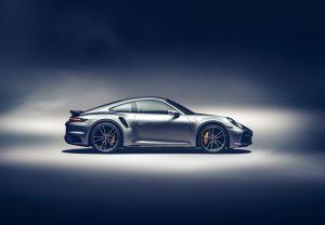 नई Porsche 911 Turbo S हुई पेश, जानें क्या है इसकी खासियत