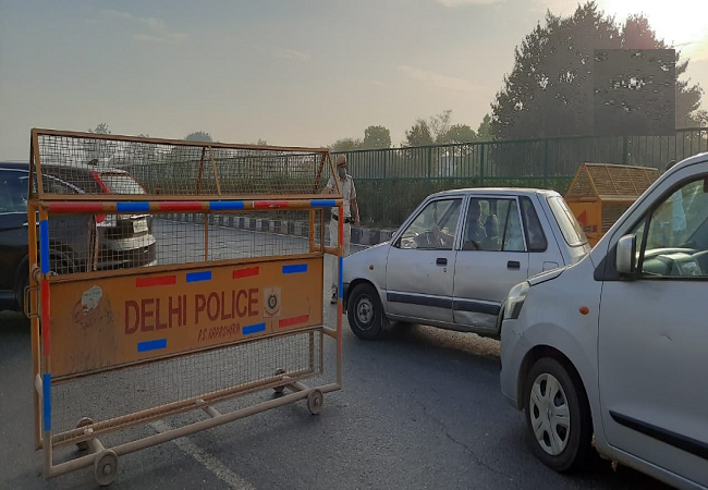 delhi lockdonw car