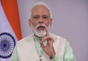 प्रधानमंत्री के सम्मान में खड़े रहने की बात पर पीएम मोदी का आया रिएक्शन, अफवाह फैलाने वालों को दिया ये जवाब