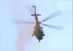 सेना ने किया कोरोना योद्धाओं को सलाम, अस्पतालों पर की पुष्पवर्षा