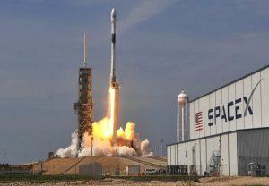 इतिहास रचने से चूका अमेरिका, खराब मौसम के कारण स्पेस-एक्स का लॉन्च टला