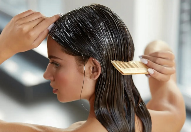Conditioner in hair