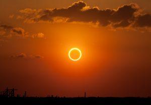 कैसा होगा 21 जून को लगने वाले सूर्यग्रहण का नजारा आप भी देखिए!