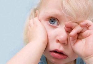 मानसून में बच्चों की आंखों को संक्रमण से ऐसे बचाएं