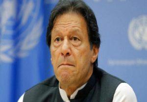पाकिस्तान में इमरान सरकार के खिलाफ सड़कों पर उतरे लोग, चीन के खिलाफ भी लगे नारे