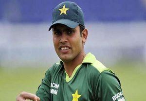 बाबर आजम की आलोचना करने वालों पर बरसे पाकिस्तानी बल्लेबाज कामरान अकमल