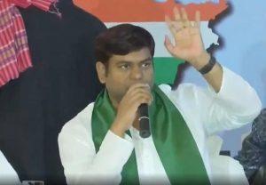 Bihar : सीटों का बंटवारा होते ही महागठबंधन में फूट, मुकेश सहनी बोले – खंजर घोंपा गया!