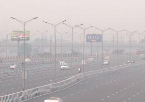 Health Tips : वायु प्रदूषण से सेहत को बड़ा खतरा, हो सकती हैं कई गंभीर बीमारियां