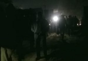 Kanpur: कुली बाजार में गिरा तीन-मंजिला भवन, सीएम योगी ने घटना का संज्ञान लेते हुए दिए सख्त निर्देश