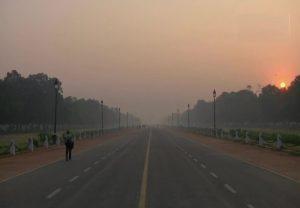 Air Pollution: राजधानी में लगातार बढ़ रहा वायु प्रदूषण, दिवाली पर होगा और बुरा हाल