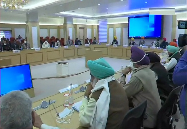 farmers meeting with government pic