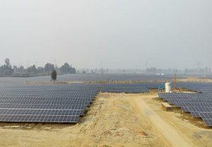 Uttar Pradesh: उत्तर प्रदेश का सबसे बड़ा सौर संयंत्र, एनटीपीसी के साथ विक्रम सोलर ने मिलकर तैयार की यह सौर परियोजना