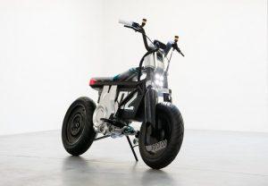 BMW Mini Bike: बीएमडब्ल्यू ने पेश की सीई 02 इलेक्ट्रिक मिनी बाइक, बैटरी क्षमता नहीं की साझा